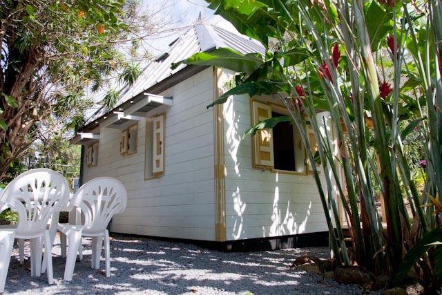 location saisonnière ou week end à Saint-Philippe bungalows de type créole dans le sud sauvage de l'île de la réunion